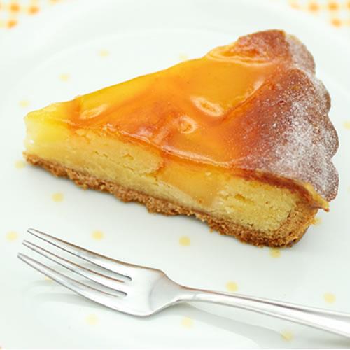ひだまりのアップルト|暖かな陽だまりのような優しい甘さ、りんごのミルクタルト