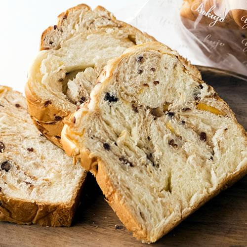 ゆめミル しましマ-ブレッド|小豆の甘みが引き立つスイーツブレッド