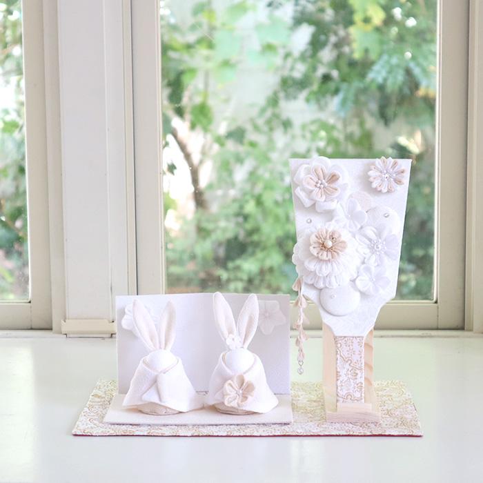白粋-HAKI- 花咲くうさぎ雛セット(うさぎのお雛様と羽子板)