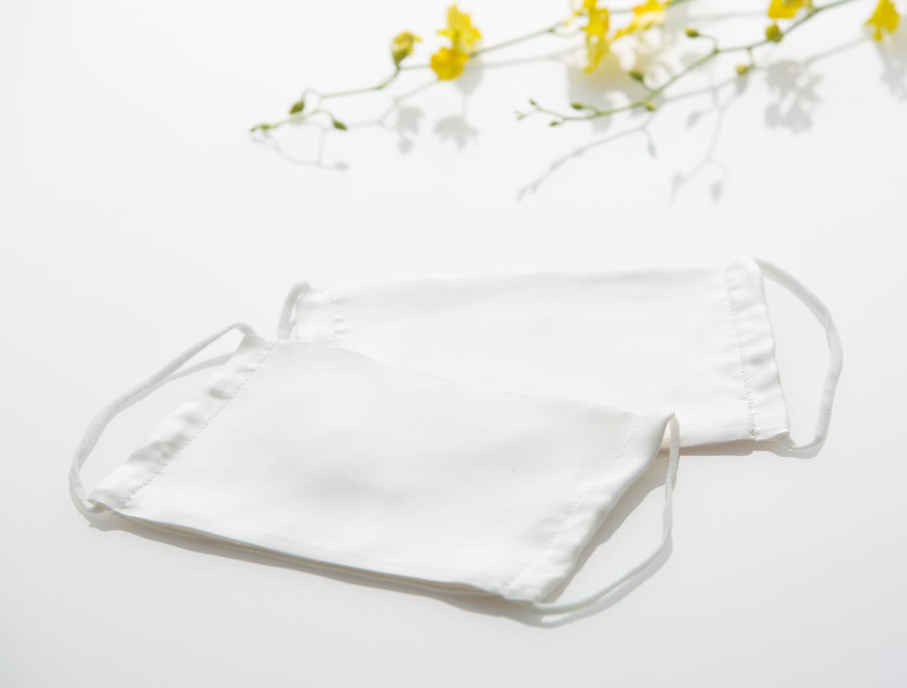 シルクマスク(大) 絹ガーゼ使用(アレルギー対応、絹加工耳掛け)