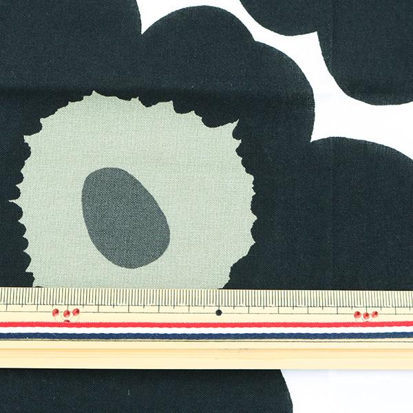 生地『マリメッコ ピエニウニッコ カットクロス ブラック 約70cm×50cm』C-065205-030