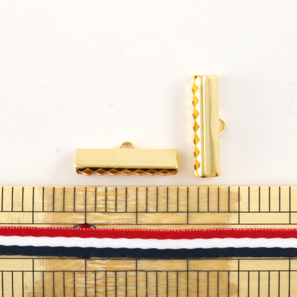 手芸金具 『リボン止め金具 20mm G 2コ入』