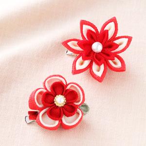 手芸キット 『京ちりめんつまみ細工 お花のブローチ 赤 LH-378』 Panami パナミ タカギ繊維