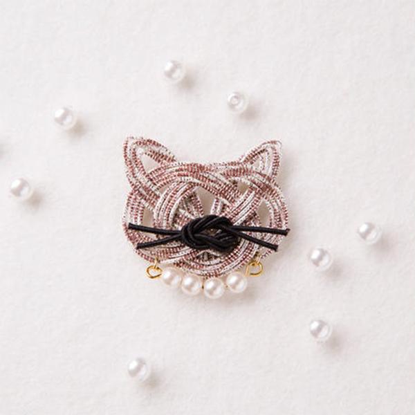 Piece (ピース) 水引キット 『mizuhikigirl (ミズヒキガール) 猫結びのブローチ buchi (ブチ)』