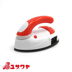 アイロン本体 『携帯用バッグ付き mini IRON (ミニアイロン) 赤 DMA-04RD』 DOSHISHA ドウシシャ