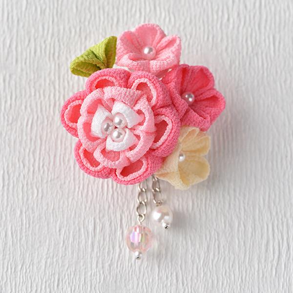 タカギ 彩花ブローチ ピンク色 LH-413 アクセサリー ブローチ 京ちりめん つまみ細工 和手芸 和調手芸 和柄