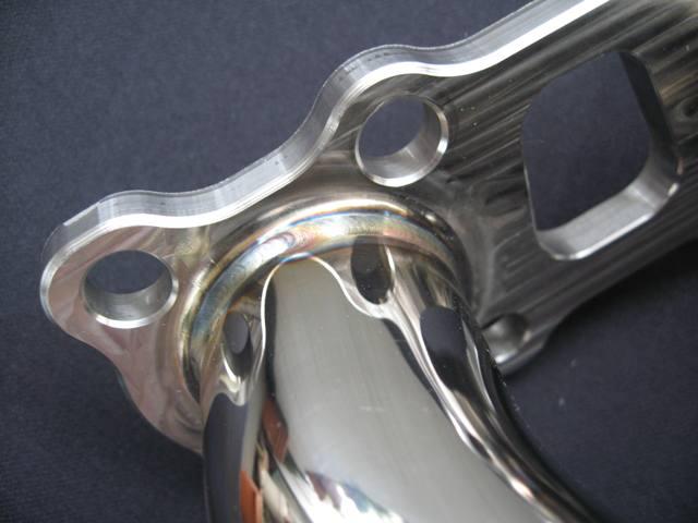 フェアレディZ34 エキゾーストマニホールド