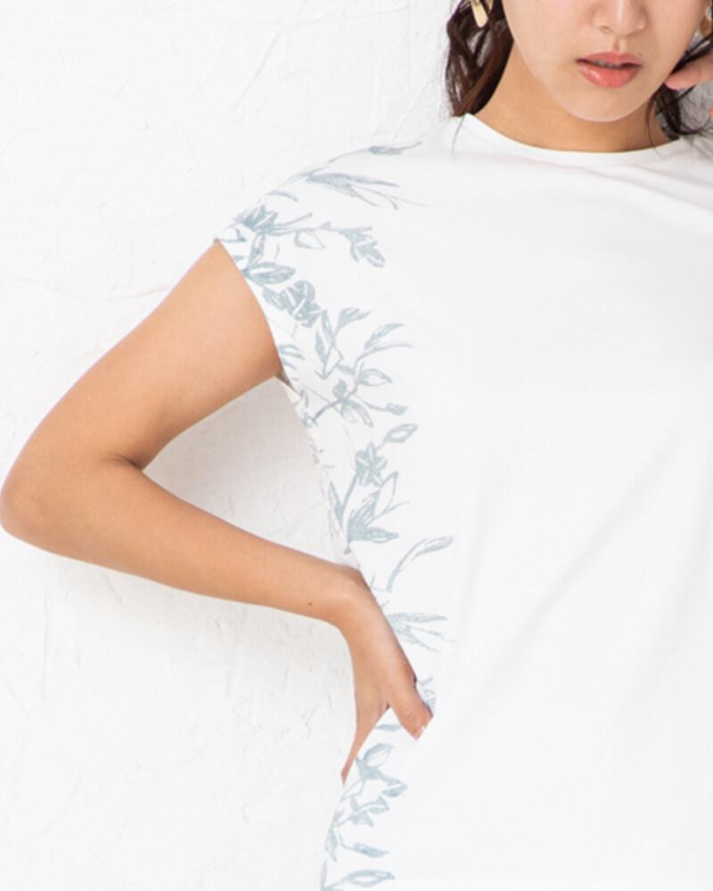 ボタニカルプリント半袖プルオーバー