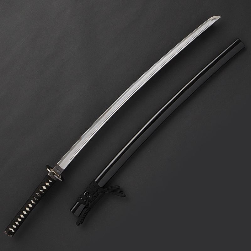 【即納居合刀・1本限定】居合刀初心者用「登竜門」 2尺4寸5分 海鼠透鍔 黒呂鞘