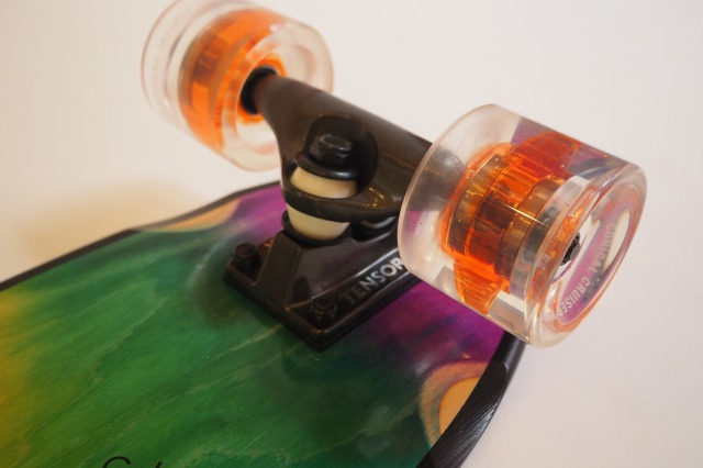 GLOBE SKATEBOARDS (グローブ スケートボード ) /  BLAZER / CRUISER (クルーザー) / DYE WASH