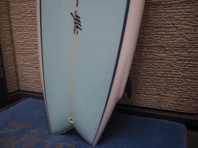 YU Surfboards 5'7 ( 170.18cm )/ YU サーフボード  / Hi Performance Twin Fin ( ハイパフォーマンス ツイン フィン ) / Maron Gerber / サーフボード / ショートボード / YU ( 植田義則 )シェイプ / 通販